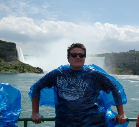 http://america-by-vespa.com/pixlie/cache/vs_1.10%20Jun-28-07_NiagaraFalls7.JPG