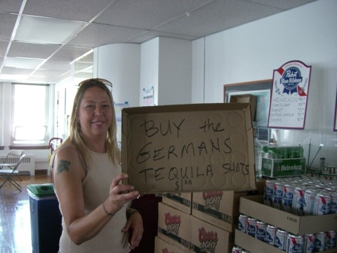 http://america-by-vespa.com/pixlie/cache/vs_5.01%20Jul-09-07BisSep-18-07_1.0TequilaForTheGerman-Jul-14-07.jpg