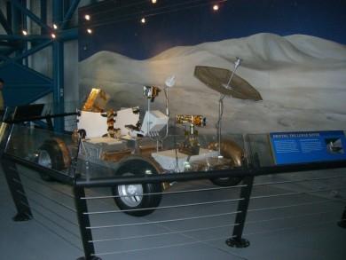http://america-by-vespa.com/pixlie/cache/vs_6.03%20Mar-23-08_LunarRoverMar-23-08.jpg